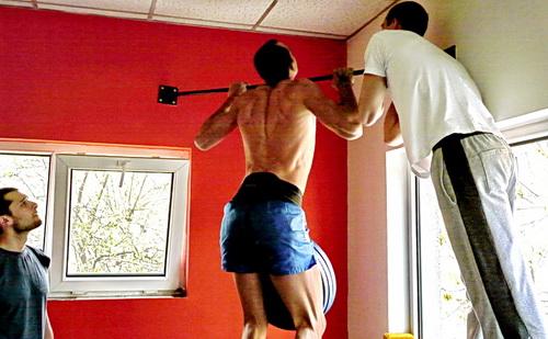 Емилиян Найденов прави набиране с 62.5 кг