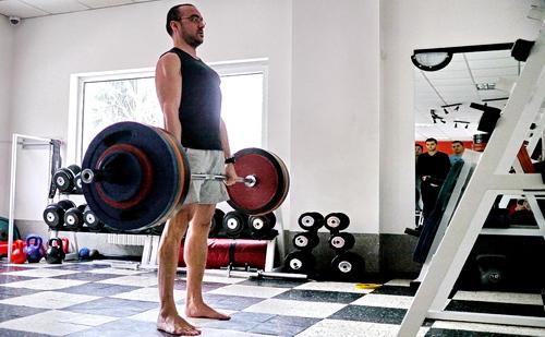 Ники Денев вдига 175 кг мъртва тяга