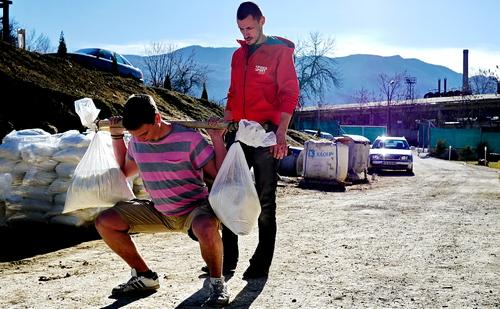 Мирко изпълнява първия си правилен клек