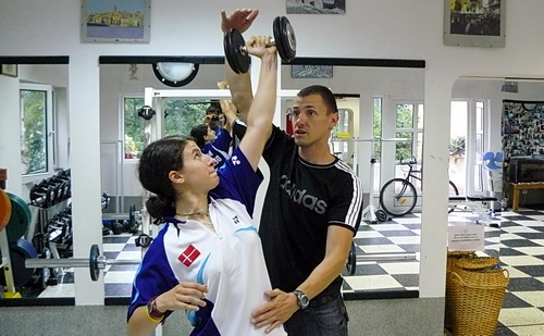 Милко Георгиев учи Линда Зечири да изпълнява Странична преса