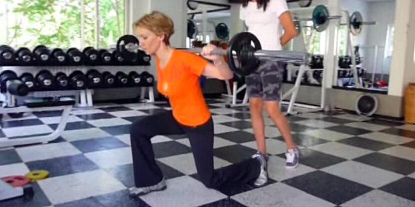 Гергана Грънчарова - Паси тренира с тежести и изпълнява напади с щанга