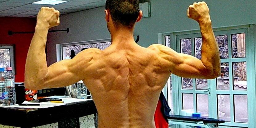 Милко Георгиев показва релеф при 4% мазнини в тялото