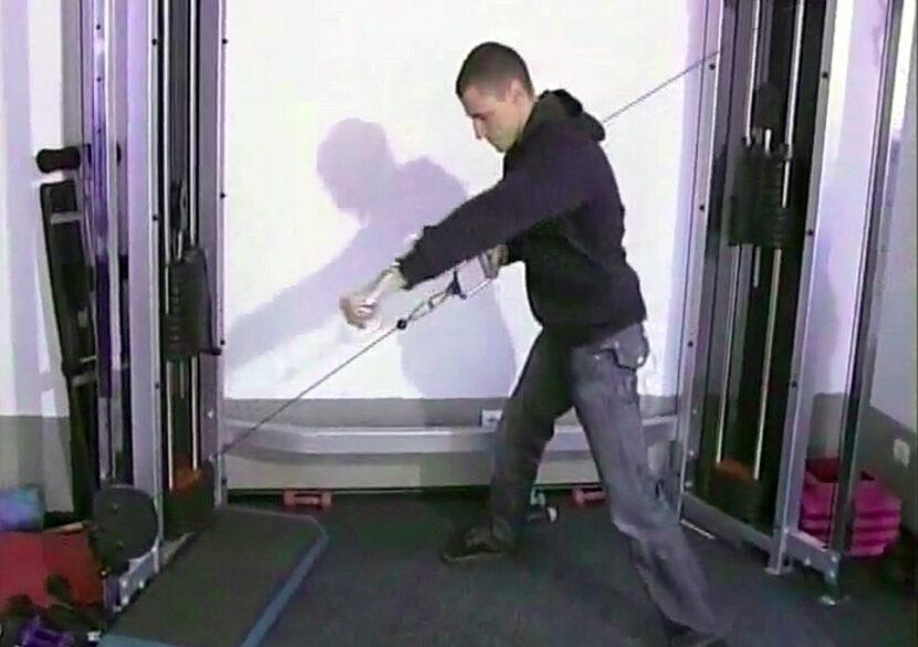 Милко Георгиев показва движението Milko Push-Pull